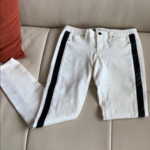 Size 4, cream and black leather side strip